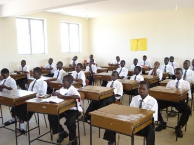 students_in_classroom_204671062.jpg.pagespeed.ic.RsUMemtd2W