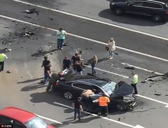 putin-crashed-car